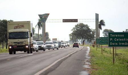 Left or right movimento rodovia ar