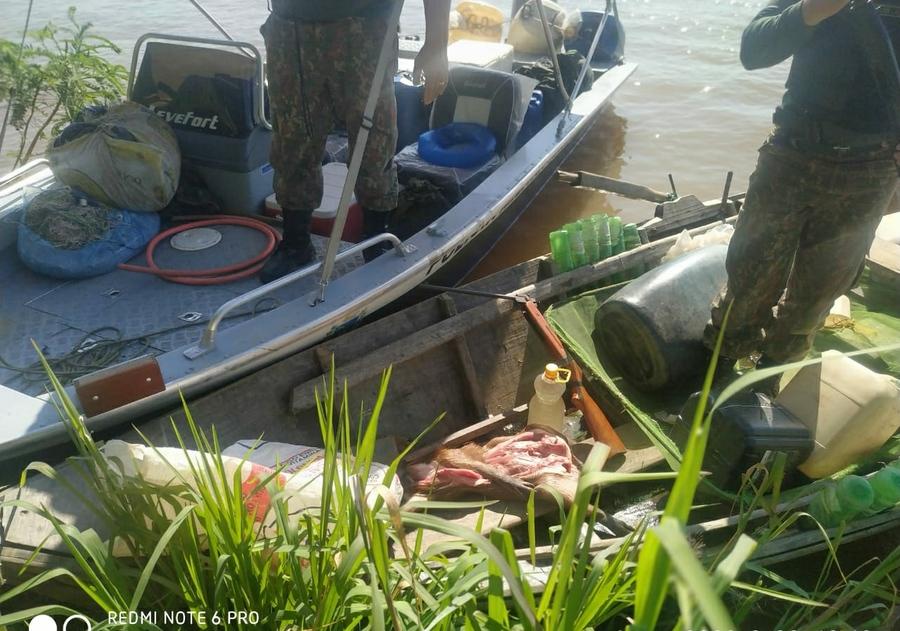 Center canoa capivara mn pantanal 25 de fevereiro de 2020