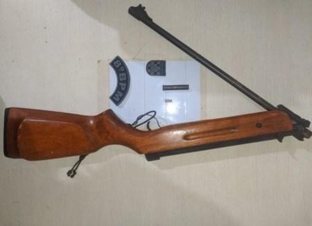 Left or right left or right arma de fogo em bataypor dia 10 de outubro