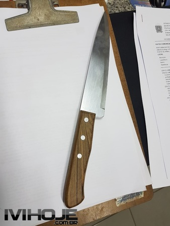 Left or right facas